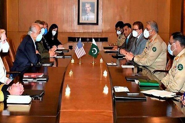 زلمای خلیلزاد به پاکستان سفر کرد